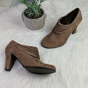 Aerosoles Heelrest Suede Feel Chunky Heel Low Boot